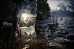 Photography + photoshop: Erik Johansson's surreal photo worlds. Swedish retouching photographer Erik Johansson is a master of illusion. He uses a computer to create pictorial worlds that look. Artwork Fantasy, Surreal Artwork, Surreal Photos, Photographs, Salvador Dali, Photomontage, Surrealism Photography, Art Photography, Photography Editing