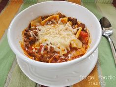 Quick Weeknight Lasagna Soup recipe from Frugal Foodie Mama- tasty & budget friendly!