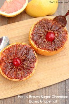 Honey Brown Sugar Cinnamon Baked Grapefruit. |whatscookinglove.com|  #FLGrapefruit #CleverGirls #breakfast #spon