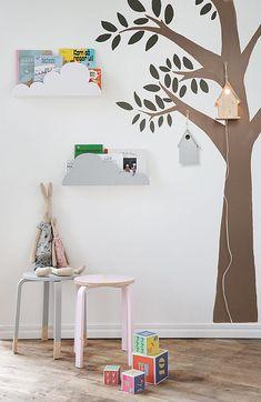 Ikea picture ledge with cloud cutouts attached. Cute Ikea hack for kids room. Cloud Shelves, Wall Shelves, Book Shelves, Frosta Ikea, Casa Kids, Boho Deco, Deco Kids, Kids Decor, Home Decor