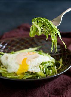 shaved asparagus salad w. poached egg