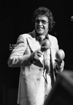 Hector and his Maracas Willie Colon, Musica Salsa, Salsa Bachata, Salsa Music, Classic Jazz, Inner Demons, Latin Music, Famous Singers, Reggae