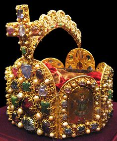 Imperial Crown- Holy Roman Empire 10 century.                                                                                                                                                                                 Mehr