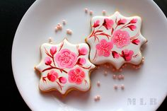 My Little Bakery    www.facebook.com/NadiaML     http://cakecreationsforyou.blogspot.com/