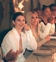Kourtney Kardashian, Familia Kardashian, Kardashian Family, Kardashian Style, Kardashian Jenner, Kris Jenner, Kendall Y Kylie Jenner, Kim And Kylie, Kim And Kourtney