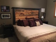 Wow, Raise Your Hands Who Needs This Stylish Pallet Wooden Repurposed Room  Bedu2026