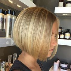 Credit to the Stylist This is a perfectly cut bob, lovely colour and shape
