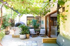 Ascher and Dylan's Modern (& Gorgeously Landscaped!) Australian Home