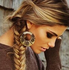 Cute and casual hairstyle...looks great with a cowgirl hat <3