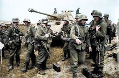 Wehrmacht Soldiers with Panther