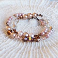 Pink Mother of Pearl Bracelet with Swarosvski crystal beads, Swarosvski bracelet, mother of pearl bracelet