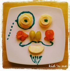 Fruit for a funny breakfast Funny Food, Food Humor, Funny Breakfast, Friday, Kids, Morning Coffee Funny, Young Children, Boys, Children