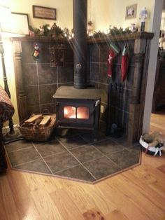 wood burning stove mantle like the mantle behind the stove