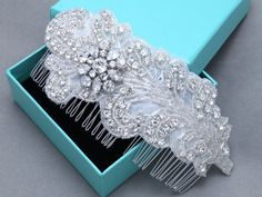 Feather Leaf Rhinestone Applique Crystal Bridal Hair Comb Wedding Headpiece #featherhaircomb #bridalhaircomb #leafhaircomb