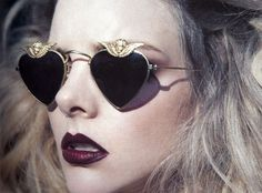 Wine Lips #Inspiration #Glasses #Gold #BiographyTrend #SpringNight #BiographyCollection #Biography