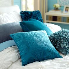 Pier 1 Imports: Harlem Blues Paisley Pillow - Teal