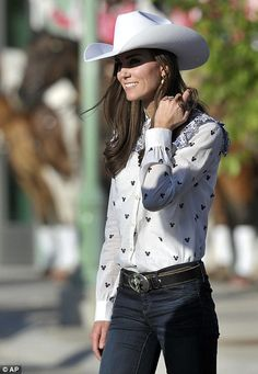 Canada Trip Day 7: Kate is enjoying being a cowgirl #katemiddleton, #royalcouple