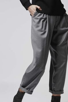 Grey Flannel Mensy-Fit Trousers