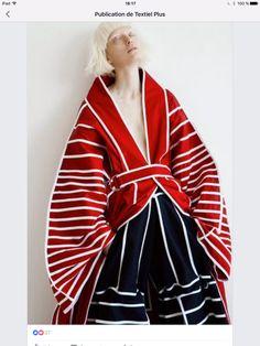 Look Fashion, Fashion Details, Fashion Art, Runway Fashion, High Fashion, Fashion Outfits, Womens Fashion, Fashion Trends, Japan Fashion