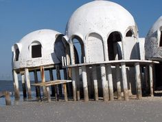 Cape Romano (Florida) infamous landmark: the former weekend retreat of the John Tosto family, known as the dome house, is collapsing at the island's southern end.