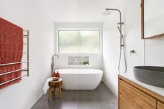 Bathroom Design Layout, Bathroom Interior Design, Neutral Bathroom, Wet Rooms, Bathroom Renos, Bathroom Lighting, Gray Color, Colours, Grey