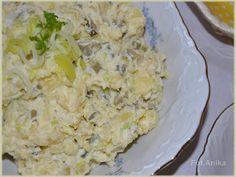 Łatwa i szybka sałatka ziemniaczana. Sałatka z ziemniaków, kiszonego ogórka i pora