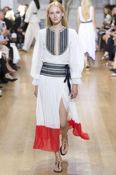 Oscar de la Renta Spring 2017 Ready-to-Wear Fashion Show - Nastya Sten