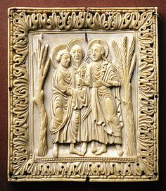 The State Hermitage   Plaque with Christ passing the keys  to St.Peter,9th cent. Fom Italy,ivory