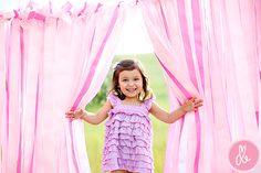 so adorable!  great mini session backdrop idea - - we all know I need as many of those as I can get.