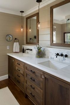 Beautiful bathroom decor tips. Modern Farmhouse, Rustic Modern, Classic, light and airy bathroom design suggestions. Bathroom makeover ideas and bathroom renovation some ideas. Ideas Baños, Decor Ideas, Decorating Ideas, Interior Decorating, Cabinet Top Decorating, Decorating Websites, Wood Ideas, Craft Ideas, Master Bath Remodel