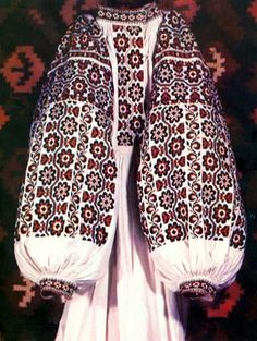 Украинская одежда, орнаменты и традиции.