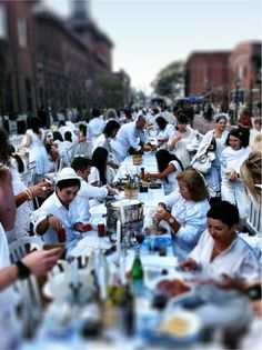 diner en blanc (dinner in white) party, toronto  This is what we are doing in NOTL