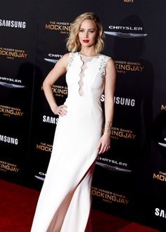 Jennifer Lawrence attends the premiere of Lionsgate's 'The Hunger Games: Mockingjay - Part 2' at Microsoft Theater on November 16, 2015 in Los Angeles, California.