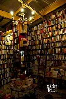 the Shakespeare Book Company in Paris will one day be in my home :)