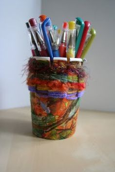 ReCycle Craft: Paper Cup Weaving! from Pink and Green Mama