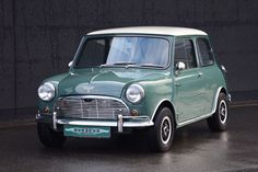 Classic Car News – Classic Car News Pics And Videos From Around The World Mini Cooper Classic, Mini Cooper S, Classic Mini, Classic Cars, Mini Moris, Automobile, Cooper Car, Classic Chevy Trucks, Car Sketch