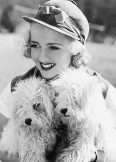 bette davis and 2 dogs