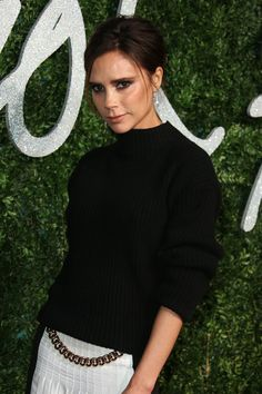 Lovers of beauty looks that are classic and polished, take note: Victoria Beckham is about to invade your makeup bag.