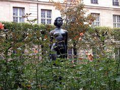 """Île de France"" by Aristide Maillol, Square Georges Cain Monuments, London History, Arrondissement, Daily Photo, Photos, Pictures, Maillol, Sculptures, Statue"
