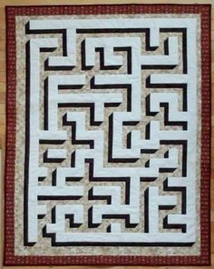 Quilting Board maze quilt made by Homemother. Would love to try this, but dont know if I can draft it myself.