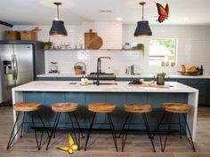 <br> Rustic Kitchen Cabinets, Kitchen Cabinet Remodel, Kitchen Backsplash, Kitchen Layout, Design Kitchen, Kitchen Island, Modern Farmhouse Kitchens, Farmhouse Kitchen Decor, Home Kitchens