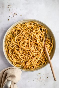 Delicious vegetarian pistachio pesto pasta with chickpeas tossed with warm brown butter for a healthy, comforting pasta dinner you'll make again and again. This easy pistachio pesto pasta has just six simple ingredients, plant based protein, and can be made gluten free! Options to add more delicious mix-ins and protein substitutes. #pasta #chickpeas...