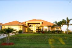 "The ""Villa Tortuga"" Florida, USA - vacation rental in Cape Coral, Florida. View more: #CapeCoralFloridaVacationRentals"