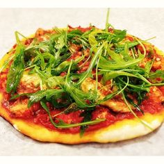 Halloumi-rucolapizza á la Popchef – Reseptit – Gavrielides Foods