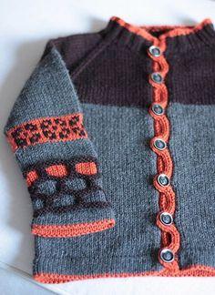 PIKKUVELI detail - love button holes