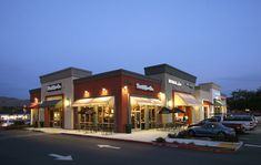 pictures of retail buildings - Yahoo Image Search Results - Architecture Mall Facade, Retail Facade, Shop Facade, Plaza Design, Mall Design, Retail Design, Retail Architecture, Commercial Architecture, Architecture Design
