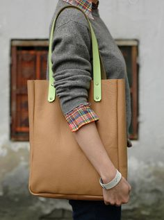 Tote Bag with neon accent