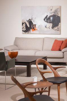 Porada, Enrico Pellizzoni, Erpo & Noortje Leijten Art @ Samyn Wonen. Wishbone Chair, Artist, Painting, Furniture, Home Decor, Decoration Home, Room Decor, Artists, Painting Art