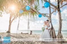 Nicolle and Kyle: Picture perfect Sunset Beach | Photo: SEP Photography | #kingfisherbay #fraserisland #destinationwedding #fraserislandwedding #fraserwedding http://www.fraserislandweddings.com.au/ #AccorAustralia #Mercure