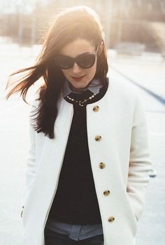 Pearl ancho necklace and winter coat #preppy